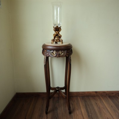 Table-lamp-classic-1